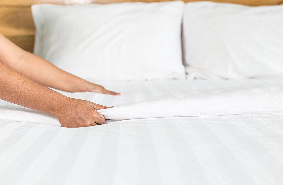 нужно ли гладить постельное белье после стирки